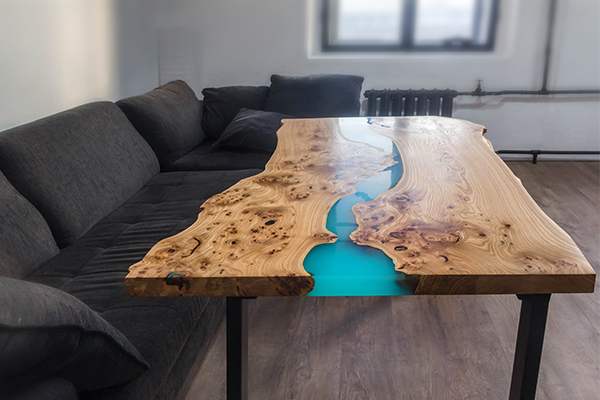 RESIN TABLE (1)