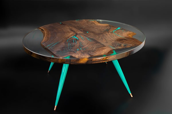 ROUND RESIN TABLE-min
